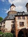 Turm mit mittelalterlichem Vorbau 20180525.jpg