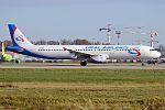 Ural Airlines, VP-BBH, Airbus A321-231 (30233044246) (2).jpg