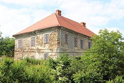 Všetaty (okres Rakovník), zámek (2).jpg