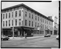 VIEW FROM SOUTHWEST - 101-103 North George Street (Direct Hotel), York, York County, PA HABS PA,67-YORK,3A-2.tif