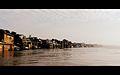 Varanasi shore.jpg