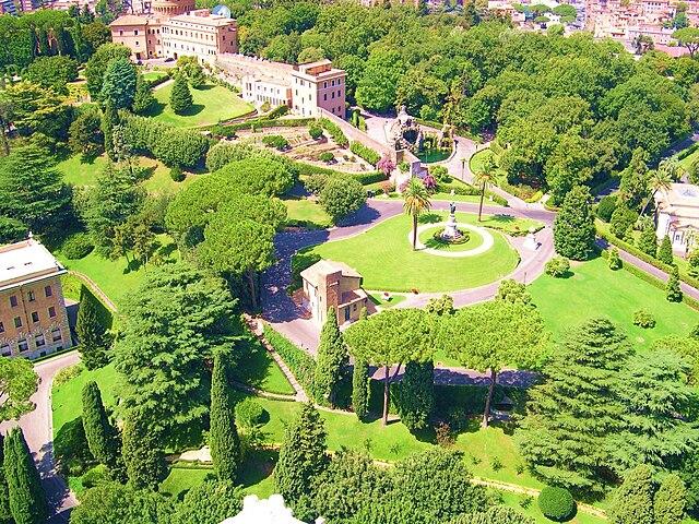 Jardines de la ciudad del vaticano parque y zoo en roma for Jardines vaticanos