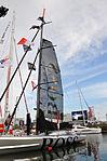 Vendée Globe 2012-2013 Alex Thomson Hugo Boss bateau à quai.JPG