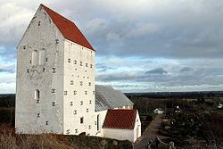 astrup church astrup kirke vennebjerg.