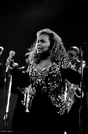 Vicki Anderson - Anderson performing in 1998