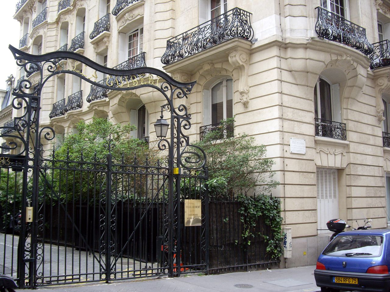 Villa Beaumarchais  Rue Des Arquebusies