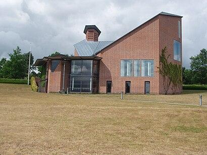 Sådan kommer du til Virklund Kirke med offentlig transport – Om stedet