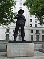 Viscount Slim Statue, London - geograph.org.uk - 908908.jpg