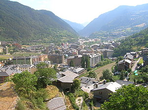 Encamp - The town of Encamp and the Valira d'Orient river valley