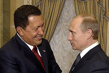 Vladimir Putin with Hugo Chavez 26 November 2004-1