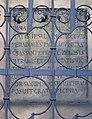 Vršovice, kostel svatého Mikuláše, latinský nápis.jpg