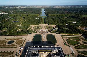 Gardens of Versailles - Image: Vue aérienne du domaine de Versailles le 20 août 2014 par Toucan Wings Creative Commons By Sa 3.0 22
