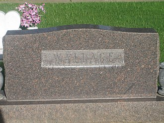 Ernest Wallace - Wallace grave monument at Resthaven Memorial Park in Lubbock, Texas