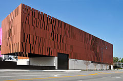 Wallis Annenberg Center for the Performing Arts looking North-West 2015.jpg