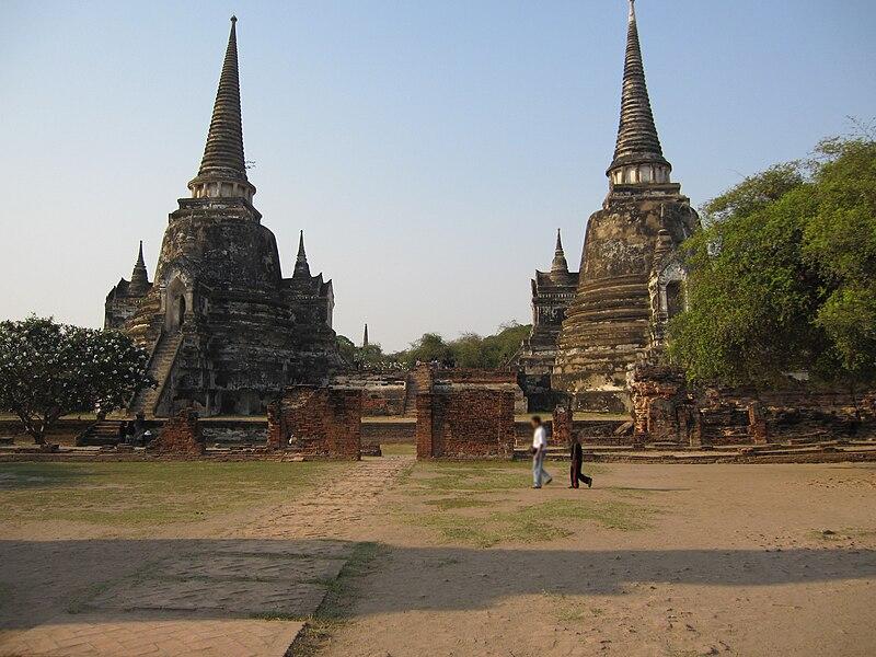 File:Wat Phra Sri Sanphet.JPG