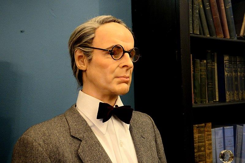 File:Wax statue of William Butler Yeats, National Wax Museum Plus, Dublin.jpg