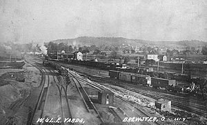 Wheeling and Lake Erie Railway (1916–88) - The railroad's Brewster, Ohio, yards in 1910.