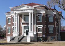 Wichita County, Kansas courthouse from NE 2.JPG