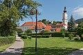 Wolfsberg Ansicht Altstadt mit Stadtpfarrkirche und Schloss 26082015 7004.jpg