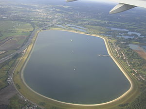 Wraysbury Reservoir - Wraysbury Reservoir from the air, looking south