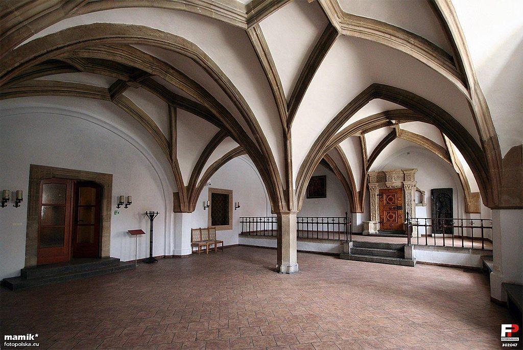 Dans l'une des salles de l'hotel de ville de Wroclaw. Photo de Fotopolska.eu