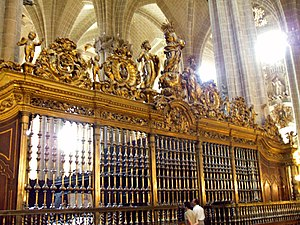 Juan Ramírez Mejandre - sculptures on the choir screen of the La Seo Cathedral by Juan Ramírez Mejandre