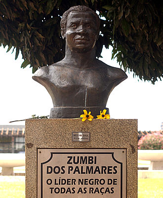 "Quilombo - Bust of Zumbi in Brasília. The plaque reads: ""Zumbi dos Palmares, the black leader of all races."""