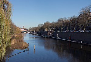 Dommel - Image: 's Hertogenbosch, de Dommel vanaf de brug Stationsweg foto 5 2016 12 04 12.13