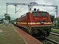 (22214) WAP-4 Loco with Goutami Express (empty rakes) at Lingampalli 07.jpg