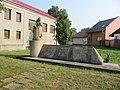 Černovír, pomník.jpg