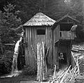 Žaga v grapi na poti od Sv. Vida do Skomarij 1963 (2).jpg