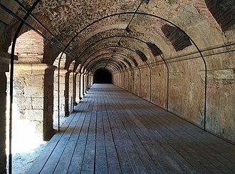 Roman Forum (Thessaloniki) - Image: Στοά