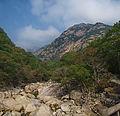 0352 - Nordkorea 2015 - Kumgang Gebirge (22570721989).jpg