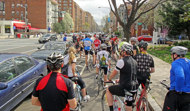 File:15th bike lane at P (7001023235).jpg
