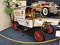 1913 Ford Model T Pie Wagon (7422856656).jpg