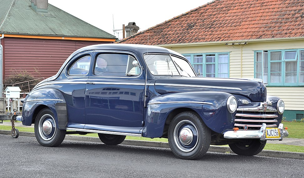 1946 Ford V8 Club Coupe (15359652557)