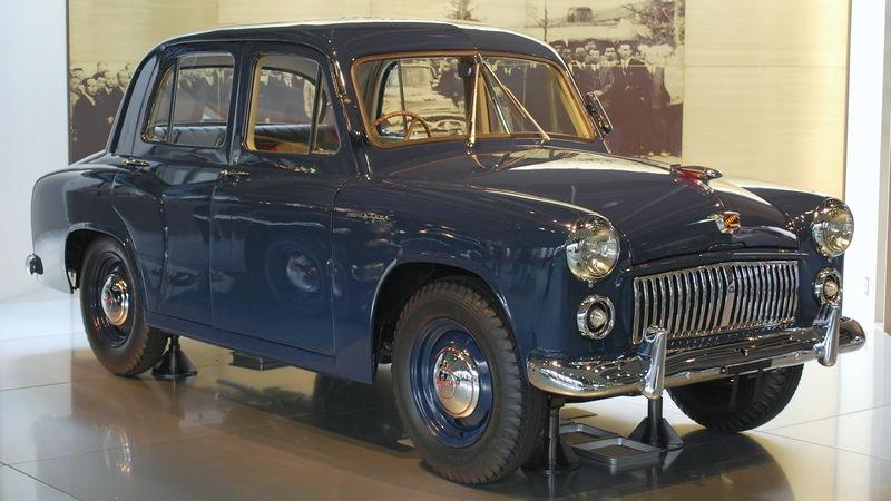 800px-1953_Toyopet_Super_RHN_01.jpg