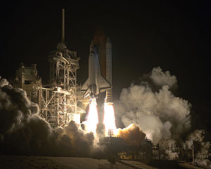 Launch of STS 61 on the first Hubble servicing mission, NASA photo<br />from https://en.wikipedia.org/wiki/File:1993_sts61_liftoff.jpg 300px-1993_sts61_liftoff.jpg
