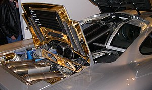 BMW M70 - Image: 1996 Mc Laren F1 engine