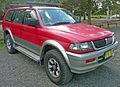1998-2000 Mitsubishi Challenger (PA) wagon 01.jpg