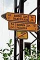 2012 Olbrachcice, ul. Obecní, Znaki szlaków rowerowych.jpg