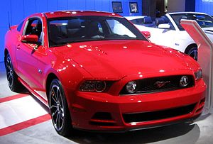 2013 Ford Mustang -- 2012 NYIAS.JPG