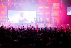 2015332213625 2015-11-28 Sunshine Live - Die 90er Live on Stage - Sven - 1D X - 0221 - DV3P7646 mod.jpg