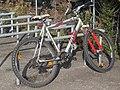 2017-10-04 (130) Genesis bicycle at Bahnhof Pöchlarn.jpg