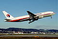 268aq - Malaysia Airlines Boeing 777-2H6ER; 9M-MRO@ZRH;07.12.2003 (6328910764).jpg