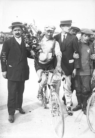 "1913 Tour de France - Camillo Bertarelli, the winner of the ""isolés"" category, for cyclists not part of a team"