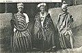 51-Kindia-Le Roi et ses Femmes.jpg