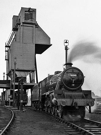 LMS Jubilee Class 5690 Leander - Image: 5690 LEANDER at Carnforth (2)