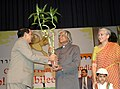 A.P.J. Abdul Kalam and the Union Minister for Information & Broadcasting and Parliamentary Affairs, Shri Priyaranjan Dasmunsi at the closing ceremony of Golden Jubilee Film Festival, organised by Children's Film Society.jpg