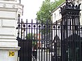 A Look down Downing Street (4857684929).jpg